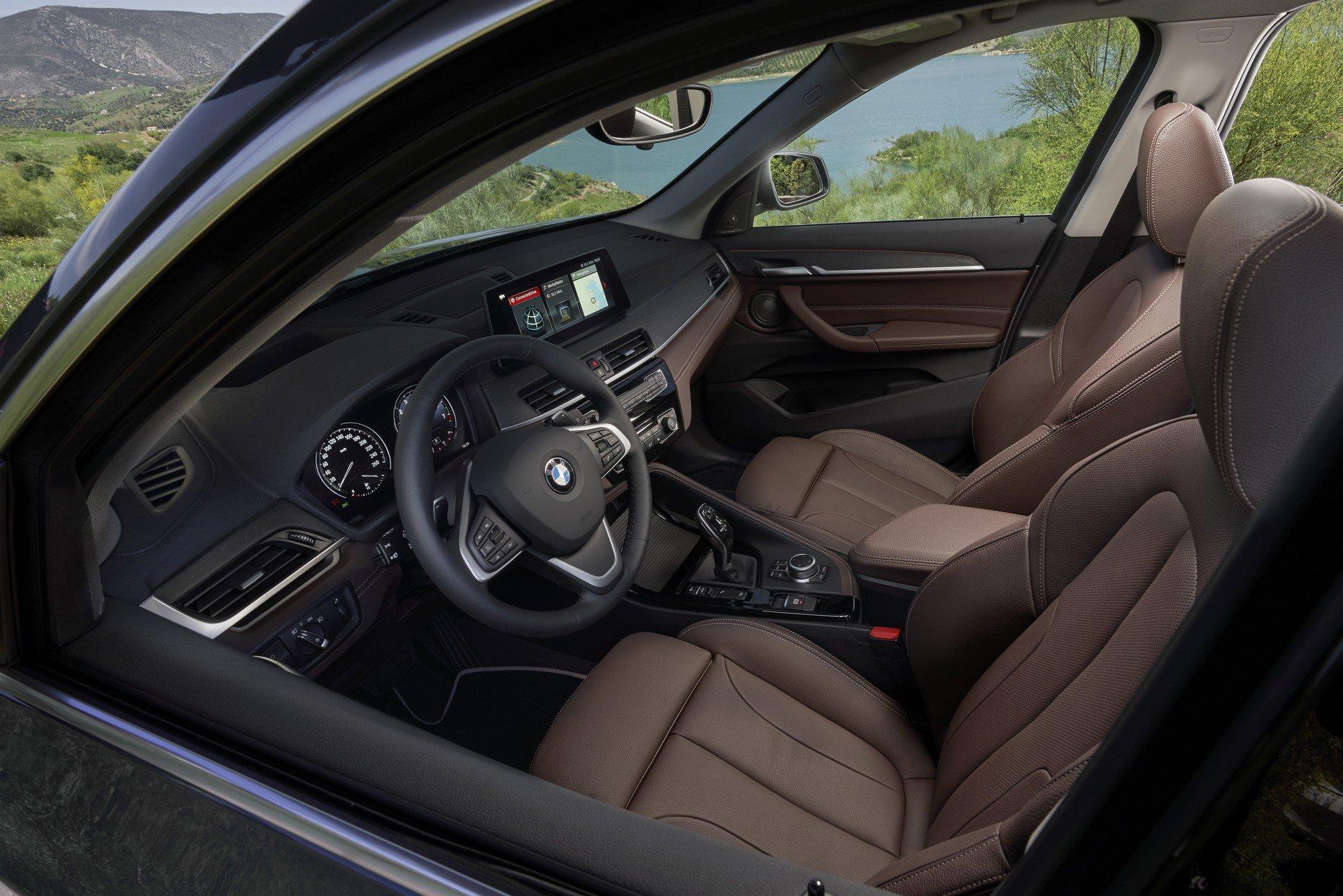 Noul BMW X1 facelift (6)