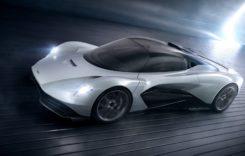 El este primul care va conduce viitorul hypercar Aston Martin Valhalla