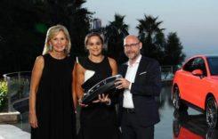Ce mașină conduce Ashleigh Barty, noul număr 1 mondial din tenis?