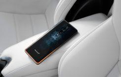 Acesta este telefonul care costă peste 900 de euro