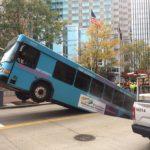 autobuz în groapă (8)