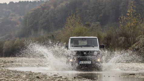 Test drive Suzuki Jimny – Nu caută nimic, doar se laudă