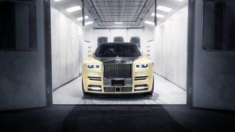 Așa arată cel mai spectaculos ornament auto realizat din aur cu diamante
